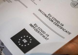 Passaporto vaccinale al via dal 1 luglio, come funziona
