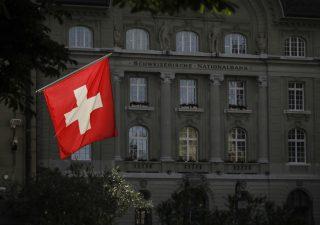 Le banche svizzere non risentono del Covid. Crescono depositi e dipendenti