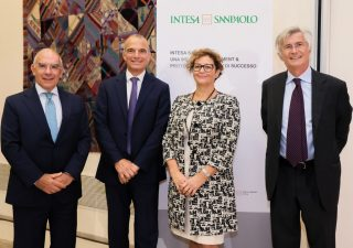 Intesa Sanpaolo: assicurazioni e wealth management sempre più al centro