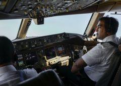 Ita: stipendi dimezzati rispetto ad Alitalia. Quanto guadagnano piloti e hostess