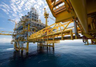 Petrolio: oggi meeting l'OPEC+. Cosa si aspetta il mercato