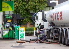 Brexit: i militari allentano la crisi dei distributori di benzina in Uk